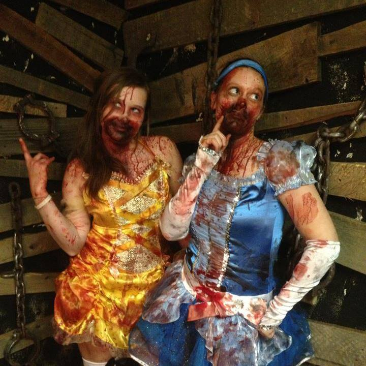 Melissa (pictured left) as an actress in an American Haunt in Indiana.