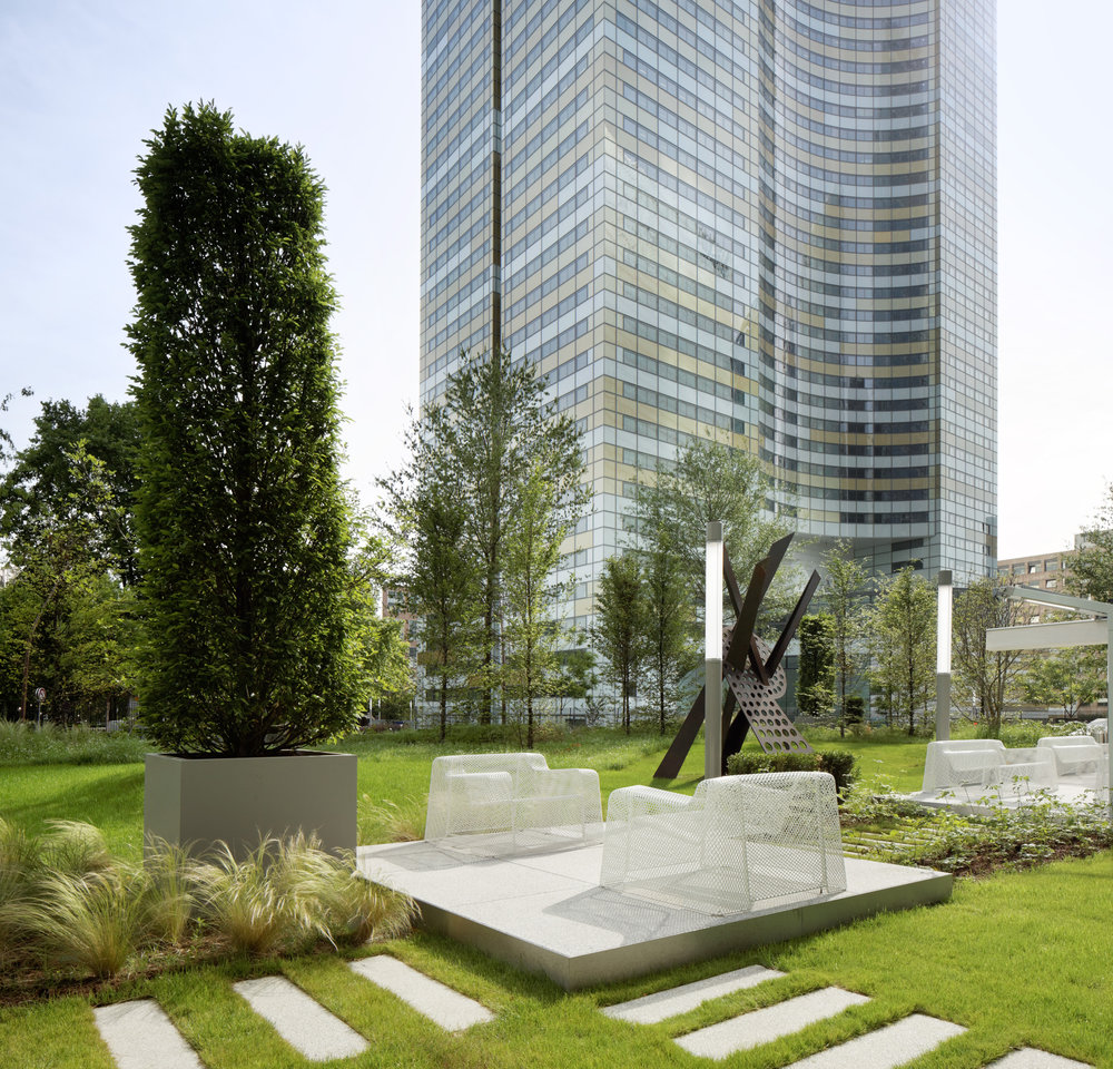 tour_europlaza_paris_la_défense_terrasses_jardins_outdoor_garden_christophe_gautrand_paysagiste_9.jpg