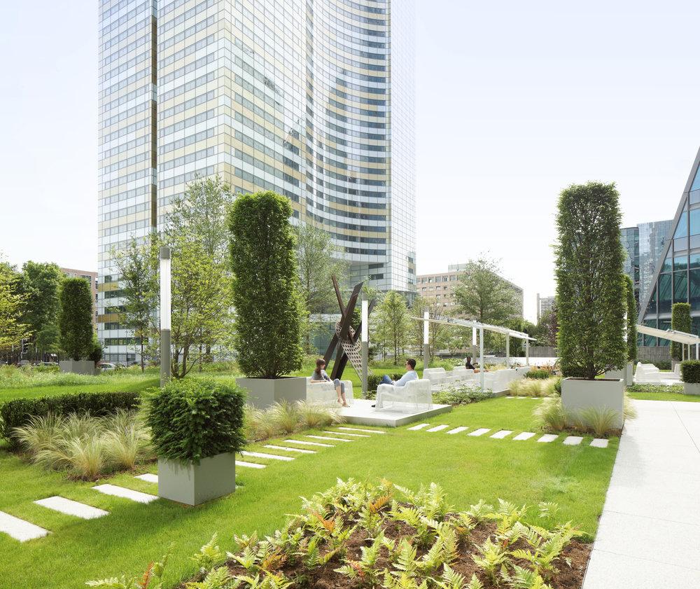 europlaza_tower_paris_la_defense_terraces_gardens_christophe_gautrand_landscape_outdoor_designer_2.jpg