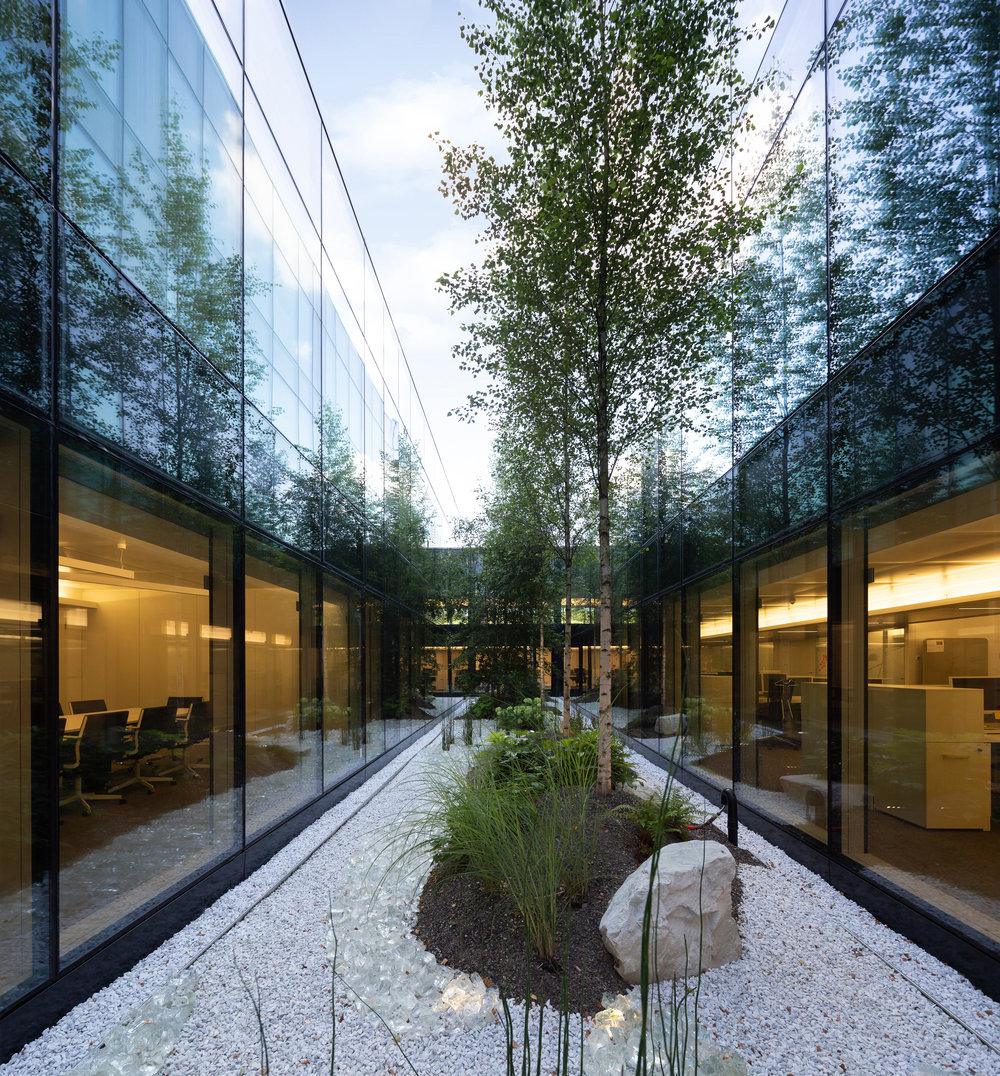 office_foyer_insurance_luxembourg_outdoor_landscape_designer_christophe_gautrand_6.jpg