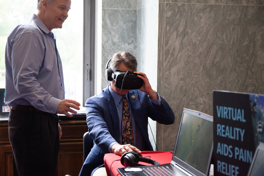 Rep. Roger Marshall (R-KS) Checks Out Virtual Reality at the 3rd Annual Public Health Fair!
