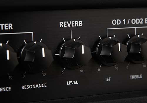 Digital Reverb: contrôle complet de la reverb   La commande Reverb de la gamme HT Venue définit le niveau global de l'effet de réverbération. Avec le contrôle entièrement dans le sens antihoraire, il n'y aura pas de réverbération. Tourner la commande dans le sens des aiguilles d'une montre augmentera la quantité de réverbération.
