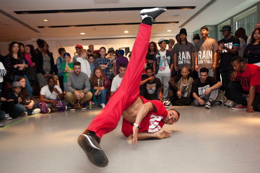 - Now in its 16th year, Breakin' Convention is a festival of all things hip hop: a variety show, plus taster sessions, DJs, dance circles, workshops and free activities around the theatre throughout the day.