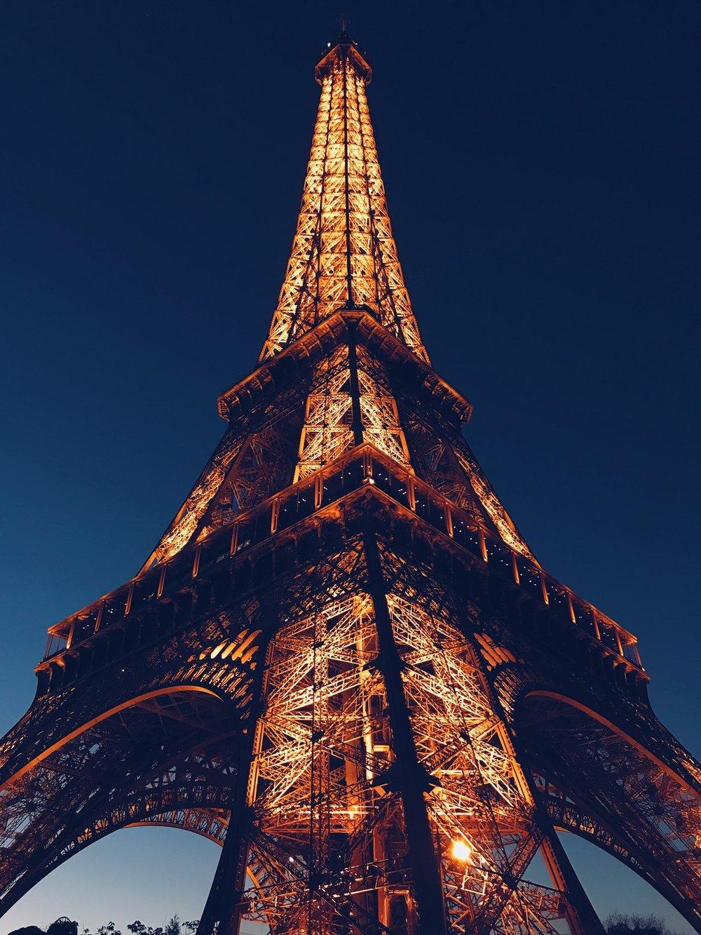 Turnul Eifel.jpeg