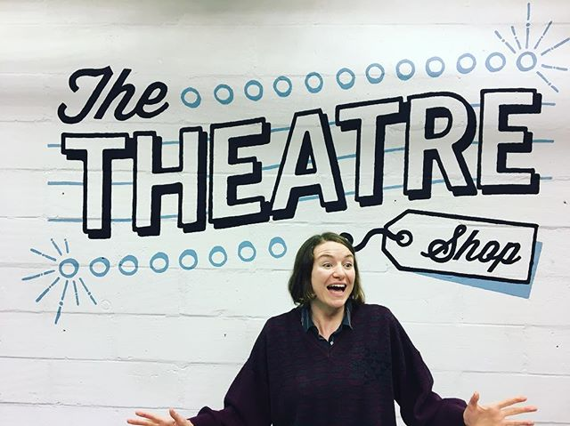 @theamazingaloo is v excited that we are at Clevedon Theatre Shop tonight. Currently teching and will be ready to entertain you all by 7:30pm. Still a few tickets left for tonight and more for tomorrow 💃🏻