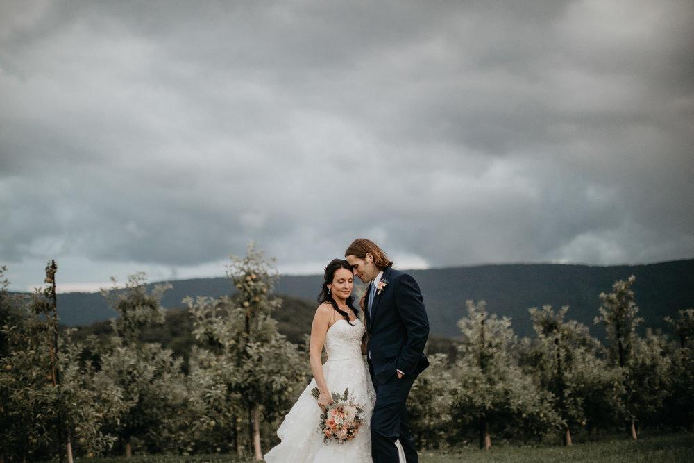 Doe Creek Farm - Weddings - Virginia - Best Wedding Photographer - Pat Cori Photography-48.jpg
