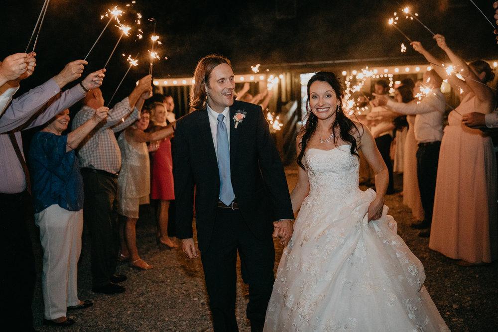 Doe Creek Farm - Weddings - Virginia - Best Wedding Photographer - Pat Cori Photography-82.jpg