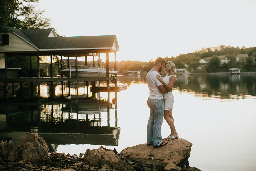Smith Mountain Lake - Engagement - Virginia - Weddings - Wedding Photographer - Pat Cori Photography-16.jpg