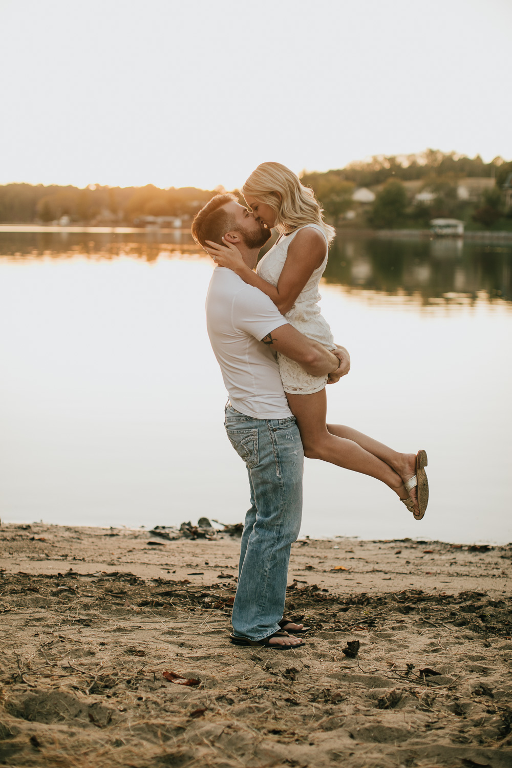 Smith Mountain Lake - Engagement - Virginia - Weddings - Wedding Photographer - Pat Cori Photography-17.jpg