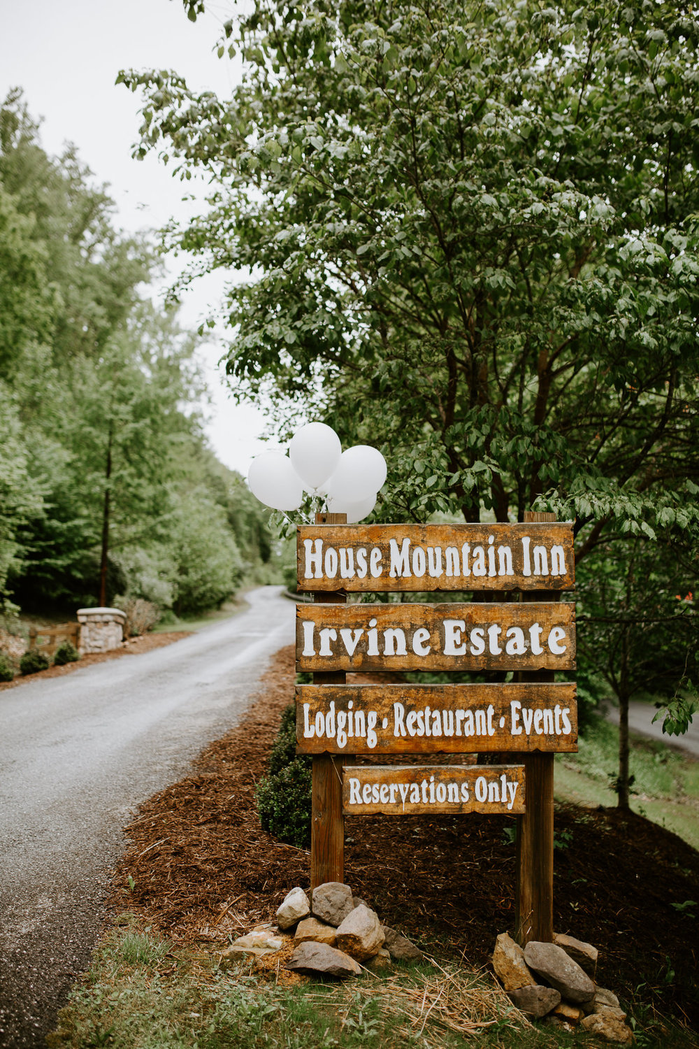 House Mountain Inn - Weddings - Lexington - Virginia - Best Wedding Photographer - Pat Cori Photography.jpg