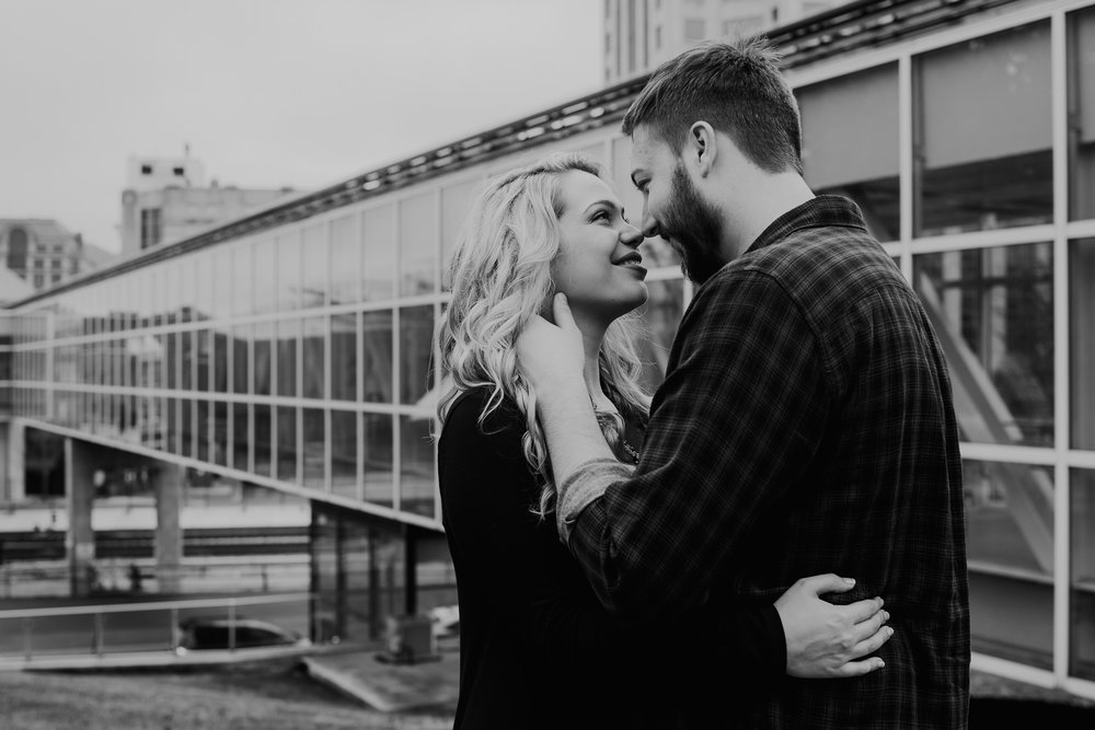 Hotel Roanoke - Engagement - Best wedding Photographer - Virginia - Pat Cori Photography-34.jpg