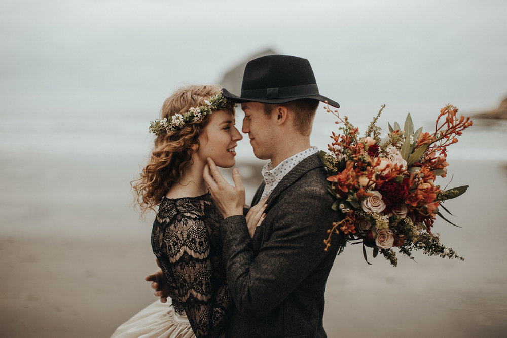 Cape Kiwanda - Elopement - Oregon - Wedding Photographer - Pat Cori Photography-9.jpg
