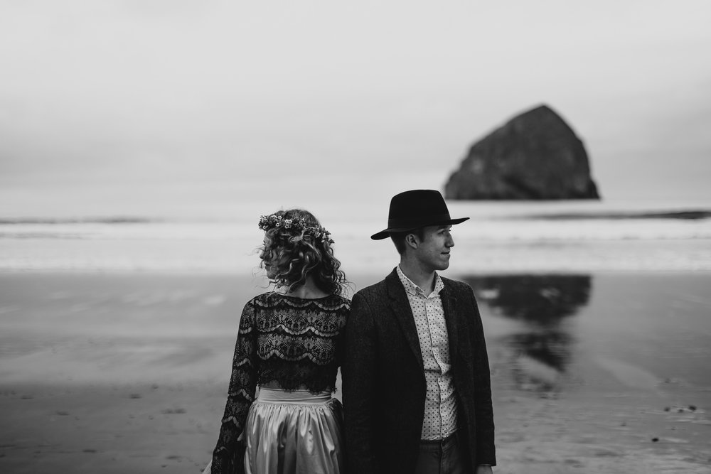 Cape Kiwanda - Elopement - Oregon - Wedding Photographer - Pat Cori Photography-18.jpg