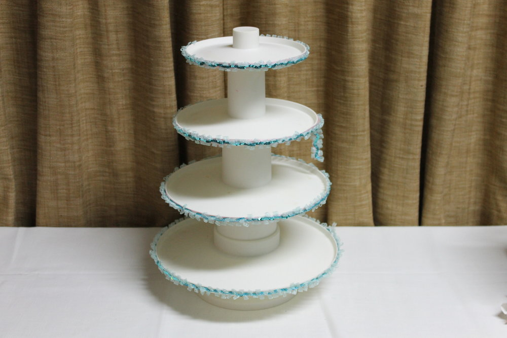 Sturdy Plastic Cupcake Stand