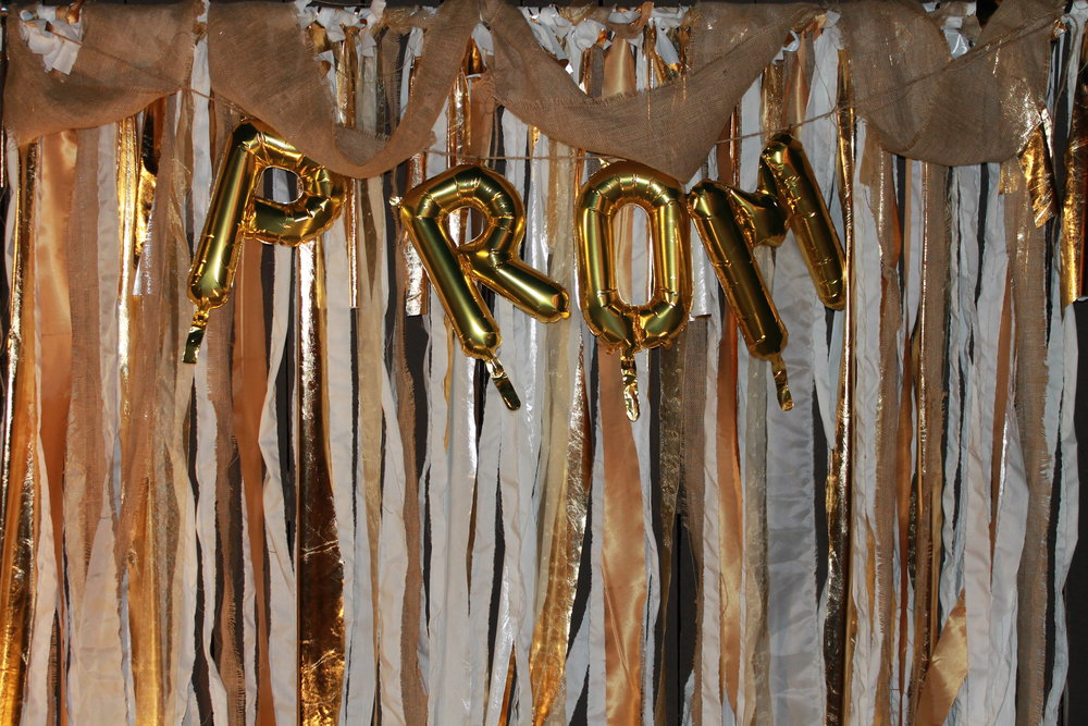Metallic Frill Backdrop
