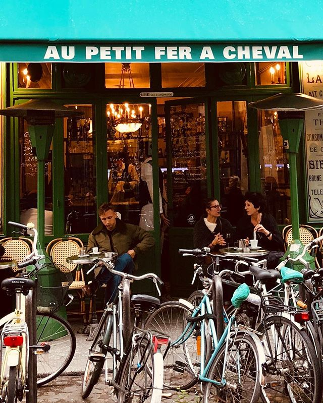 A perfect Autumn day in Paris:  Stroll the streets of Le Marais and grab a late afternoon lunch of authentic French comfort food at Au Petit Fer A Cheval.  The beef bourguignon is delicious.  #bypassageco #paris #lemarais #aupetitferacheval