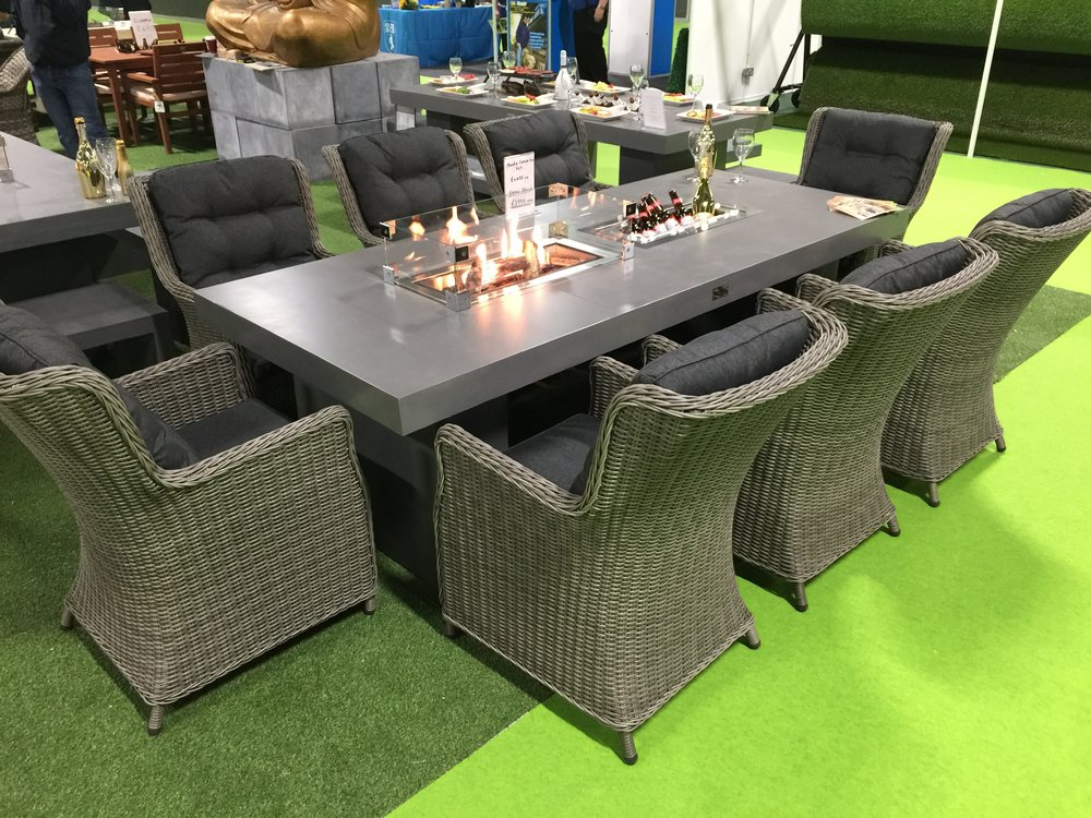 MONTE CARLO - MONTE CARLO 2.4M WITH 8 CHAIRS