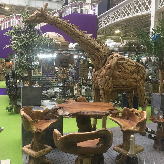 Who likes our new mascot gary giraffe ! Made from driftwood 12 foot tall ! #unique #giraffe #idealhomeshow #wow