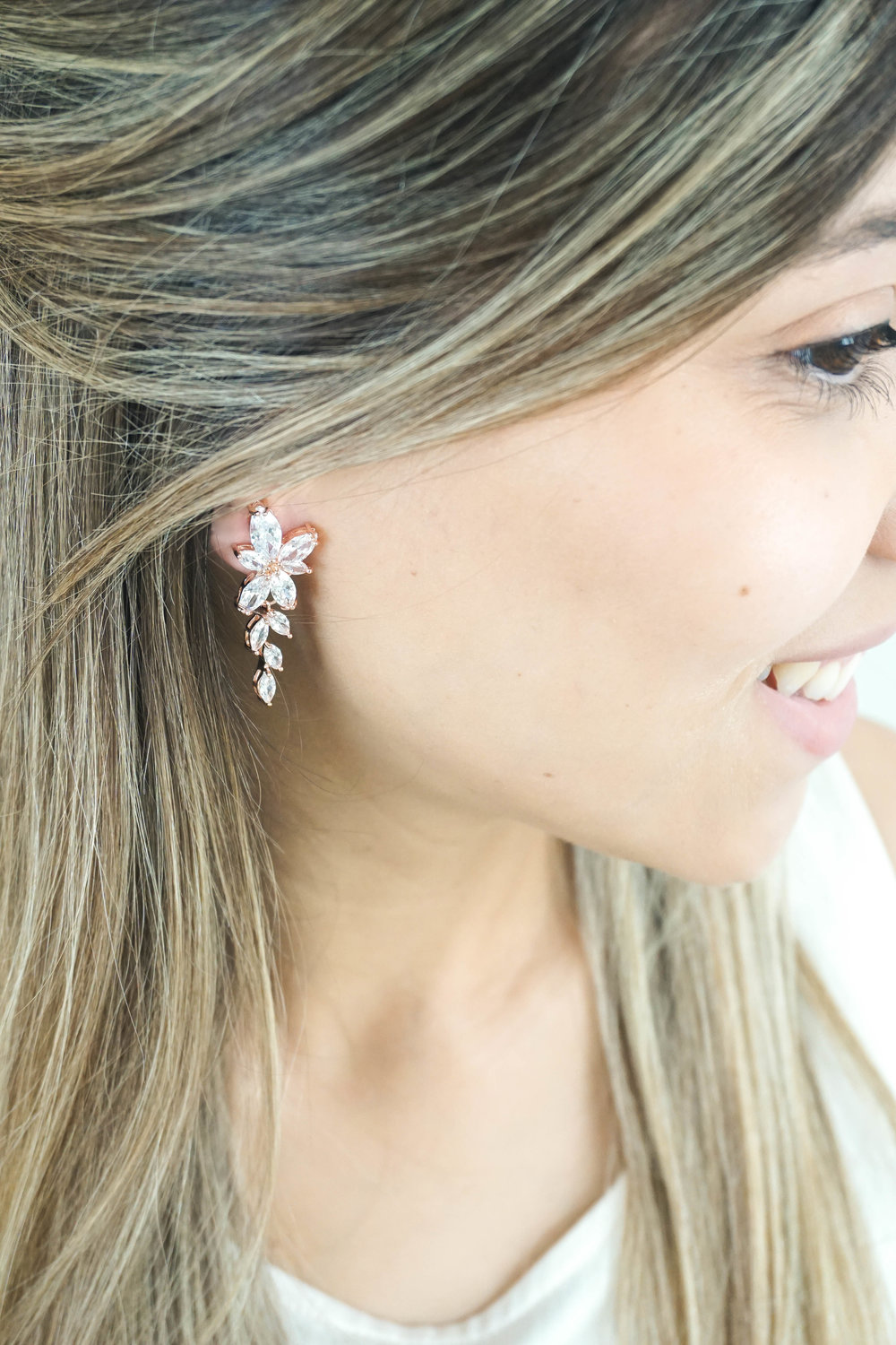 Bridal-Earrings-Photoshoot-with-Wink-of-Pink-Shop-Commercial-Photography-Bridal-Jewelry8.jpg