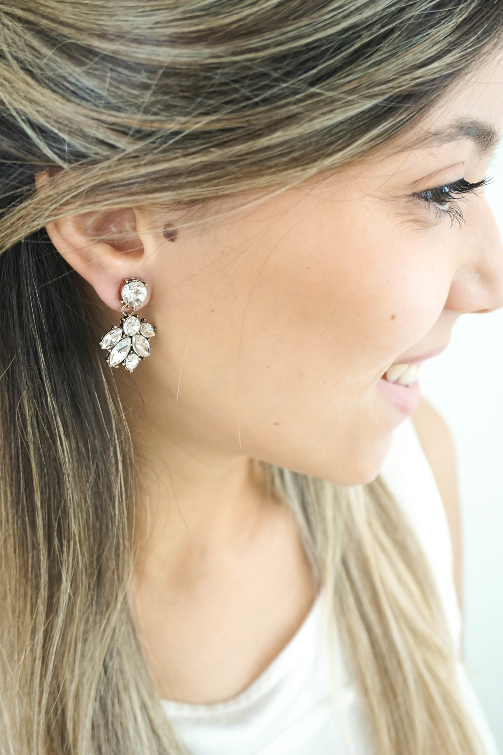 Bridal-Earrings-Photoshoot-with-Wink-of-Pink-Shop-Commercial-Photography-Bridal-Jewelry3.jpg