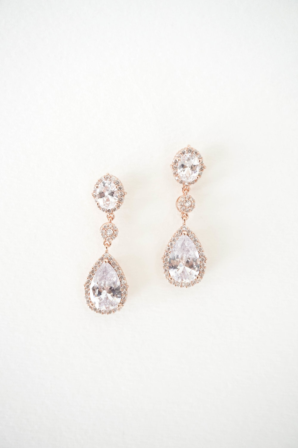 Bridal-Earrings-Photoshoot-with-Wink-of-Pink-Shop-Commercial-Photography-Bridal-Jewelry13.jpg