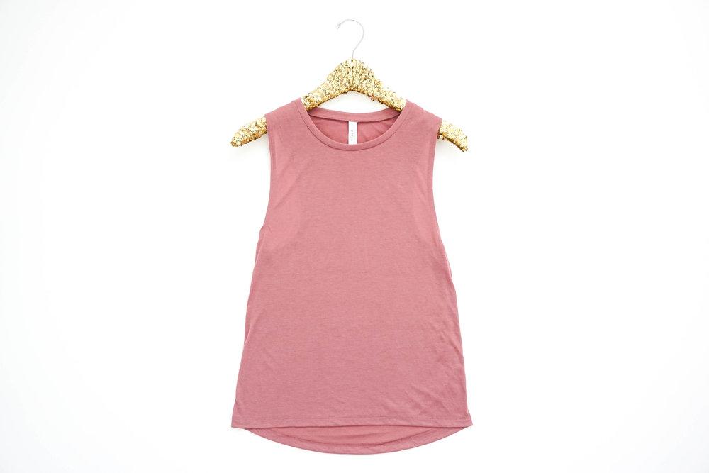 bright-and-colorful-product-mockup-tshirt-photoshoot24.jpg