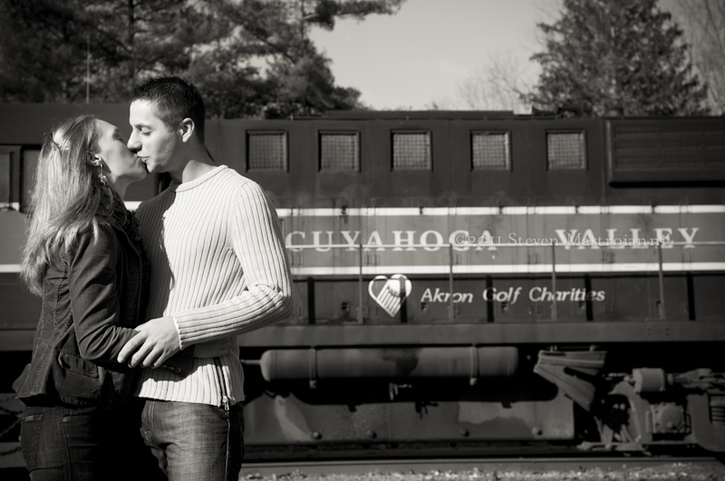 Cuyahoga valley engagement portraits (10)