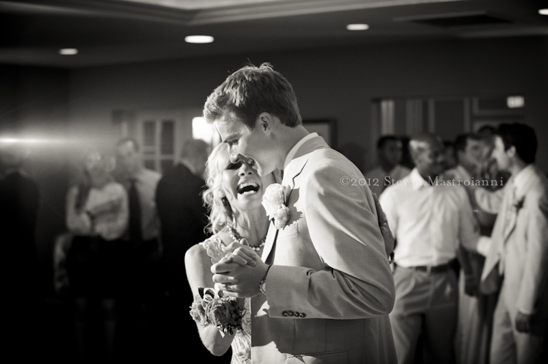 Chagrin Valley Country Club wedding photo (63)