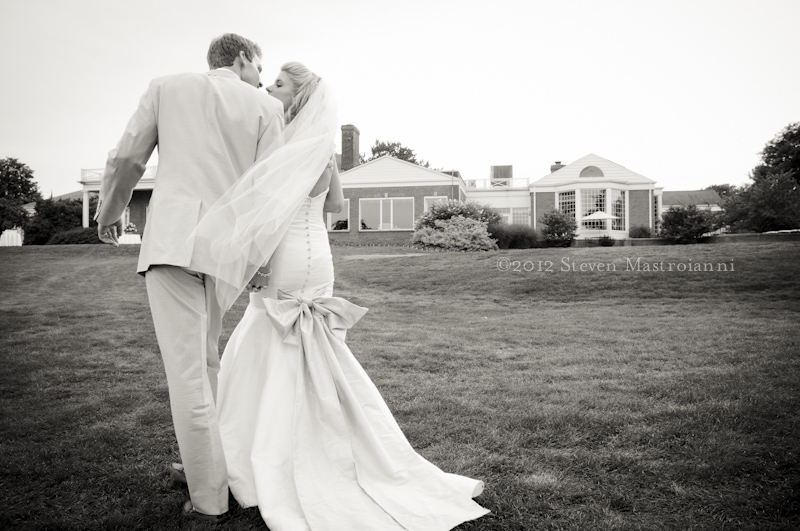 Chagrin Valley Country Club wedding photo (38)
