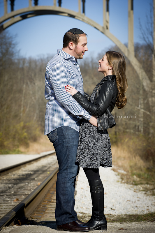 Cuyahoga valley engagement portraits (27)