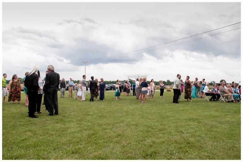 farm wedding photos Ohio Mastroianni (15)