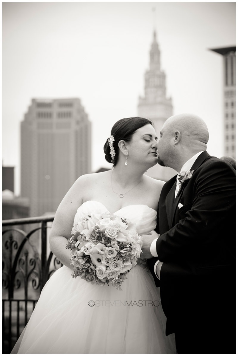 cleveland wedding photo viaduct