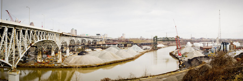 innerbelt bridge and cuyahoga