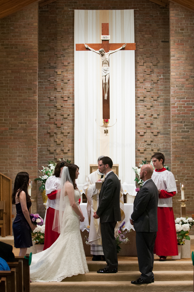 Mary Queen of the Apostles wedding