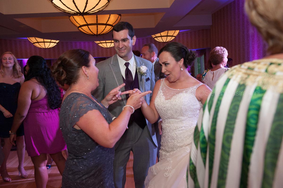 wyndham hotel cleveland wedding (59)