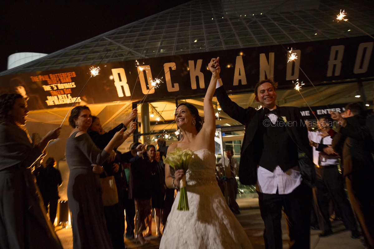 cleveland wedding photos duck island rock hall (3)