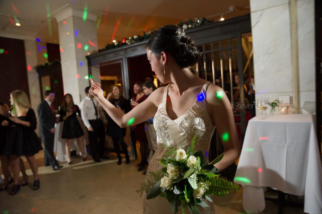 crop-bistro-wedding (3)