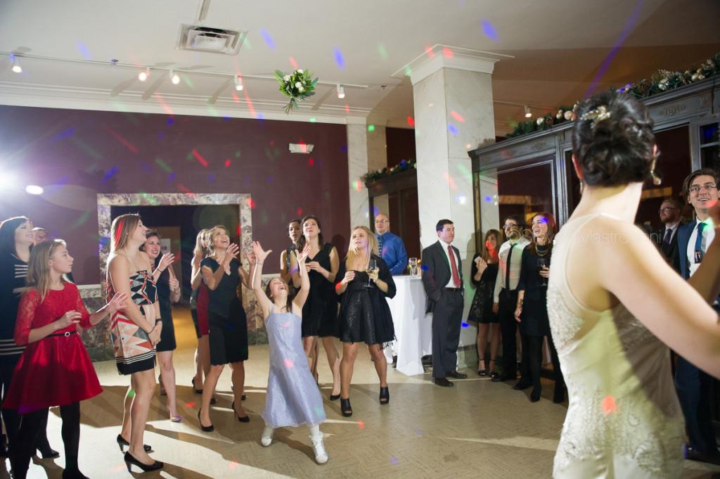crop-bistro-wedding (2)