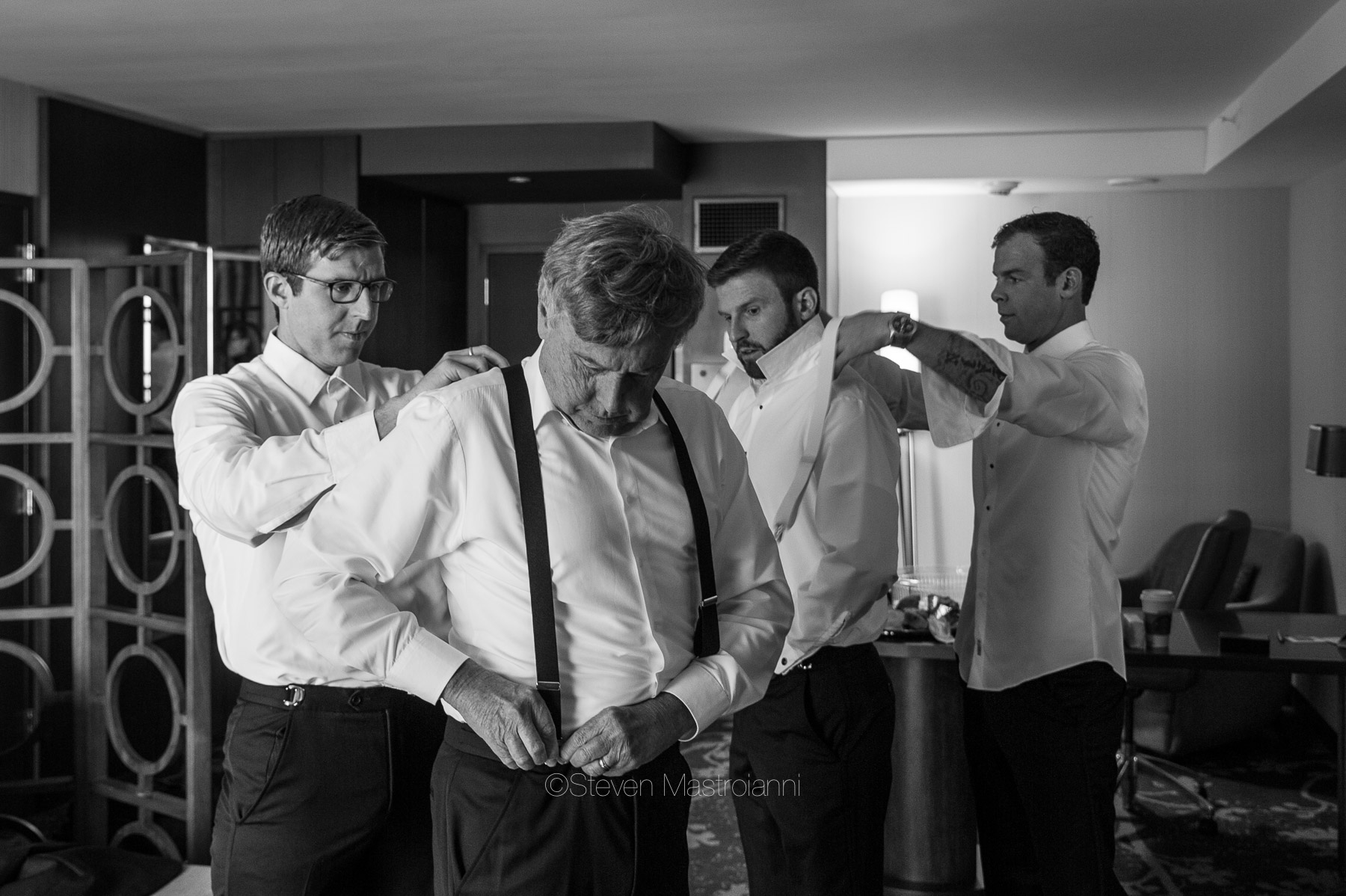 katie-and-brians-fall-cleveland-wedding-westin