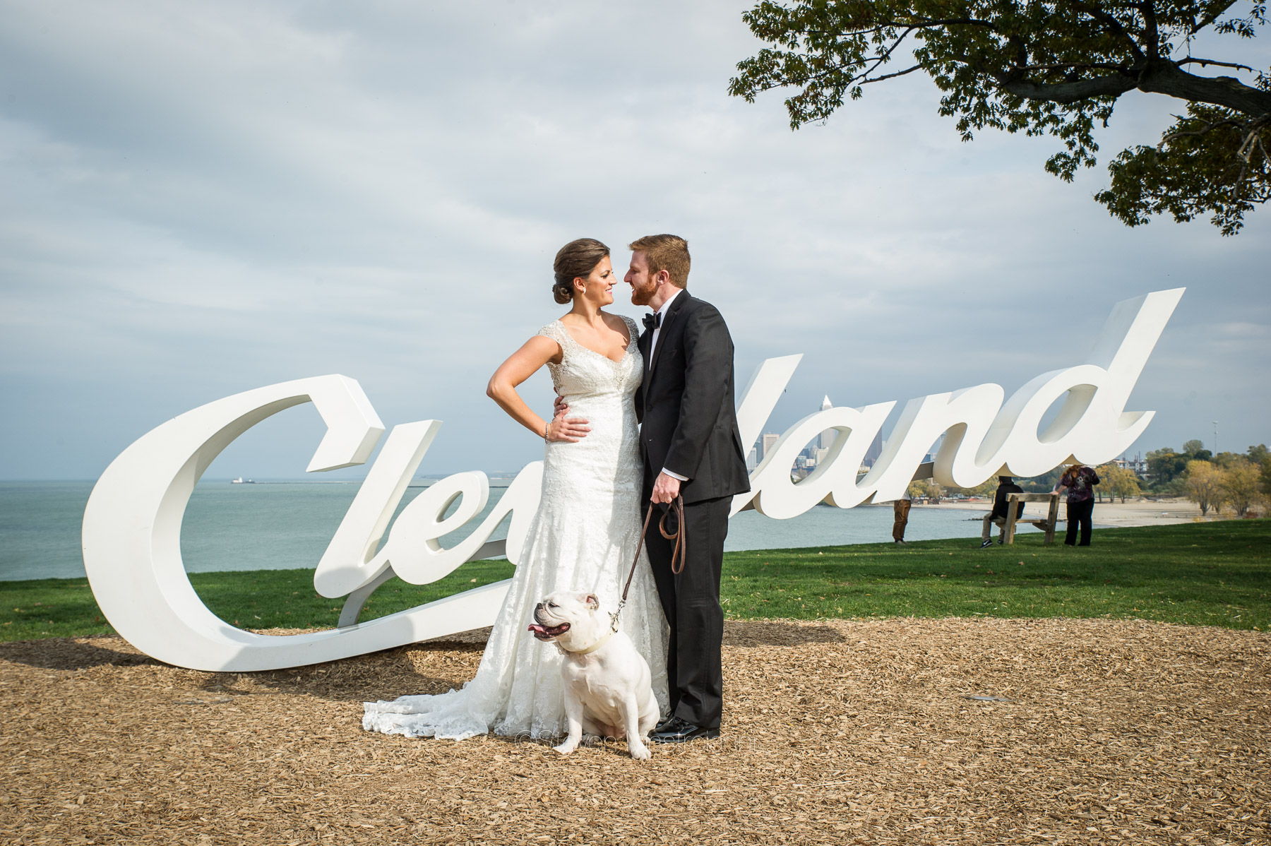 katie-and-brians-fall-cleveland-wedding-edgewater-park