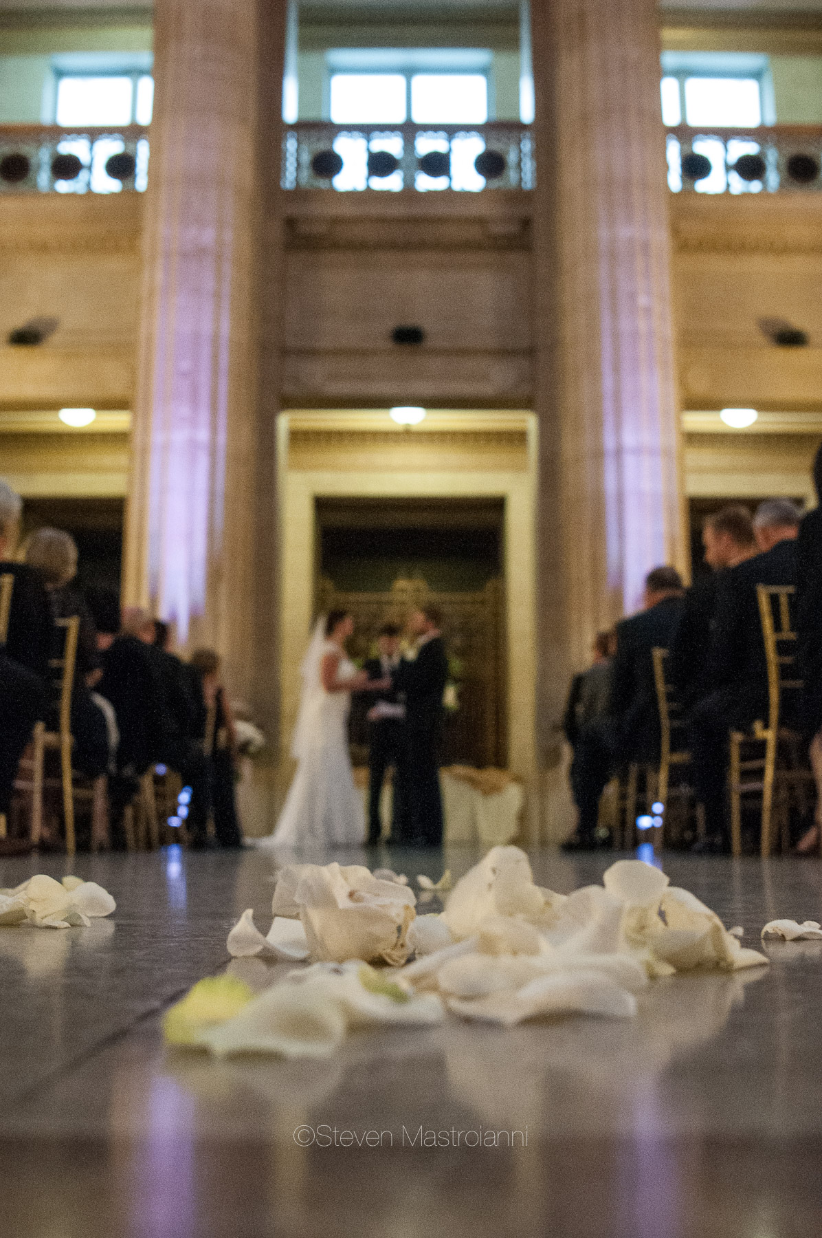 katie-and-brians-fall-cleveland-wedding-cleveland-city-hall