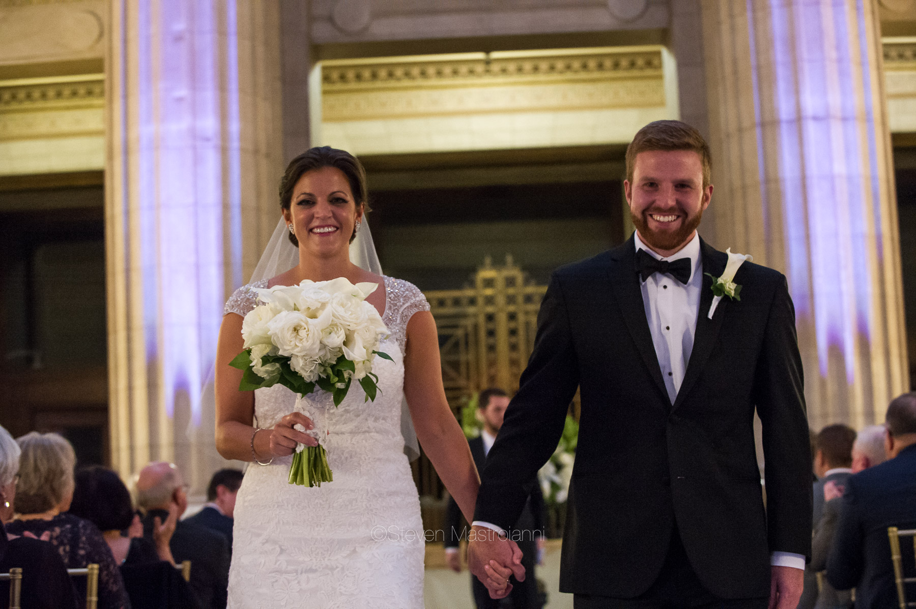 katie-and-brians-fall-cleveland-wedding-city-hall