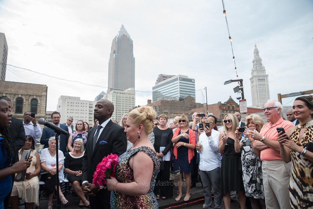 rooftop-wedding-photos-velvet-dog-cleveland (18)