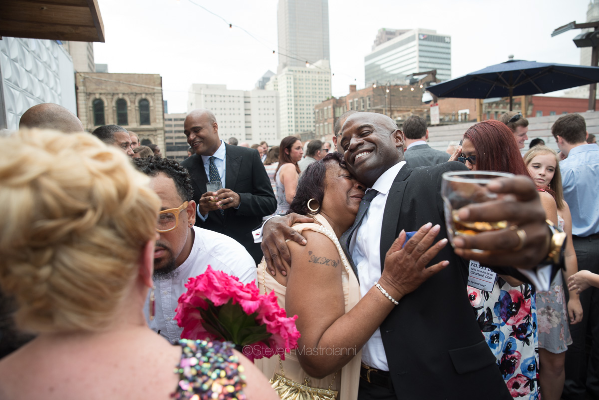 rooftop-wedding-photos-velvet-dog-cleveland (12)