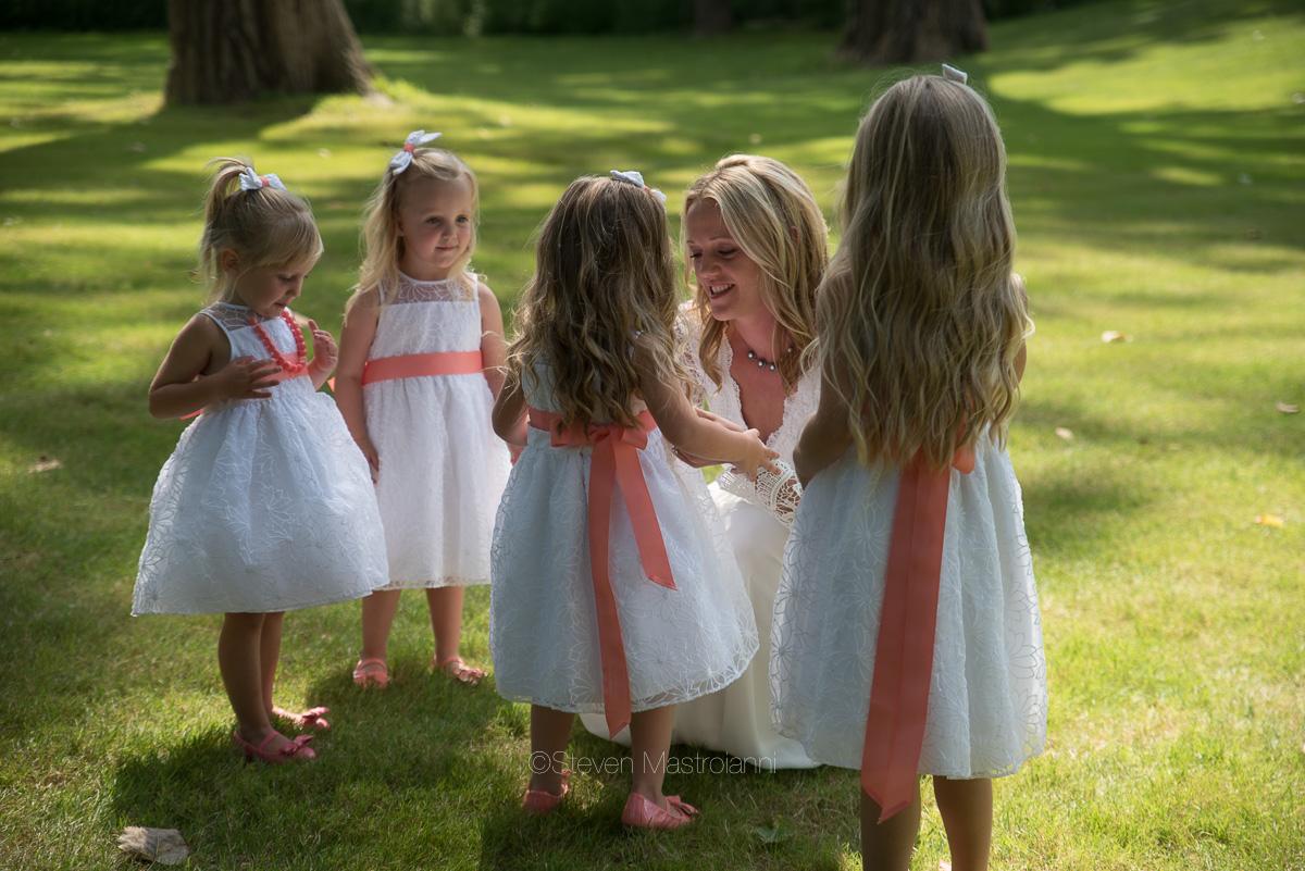 backyard-wedding-photos-cleveland-akron (34)