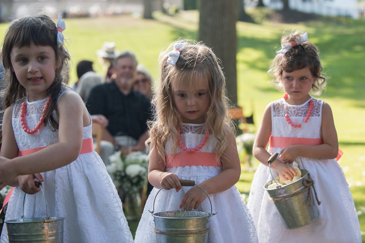 backyard-wedding-photos-cleveland-akron (15)