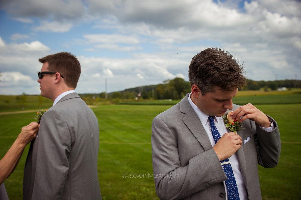farm-wedding-photos-cleveland-photographer-mastroianni (36)
