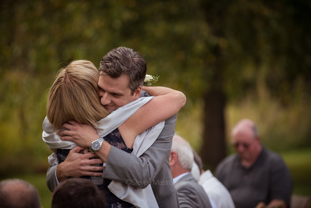 farm-wedding-photos-cleveland-photographer-mastroianni (30)