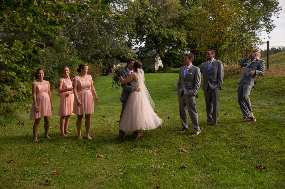 farm-wedding-photos-cleveland-photographer-mastroianni (20)