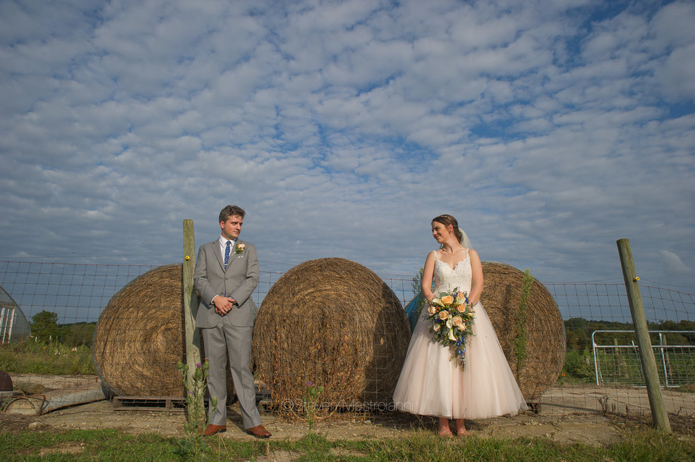 farm-wedding-photos-cleveland-photographer-mastroianni (11)